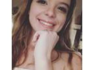 Ella,19 years old and newly graduate.
