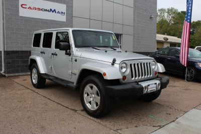 2012 Jeep Wrangler Unlimited Sahara (SILVER)
