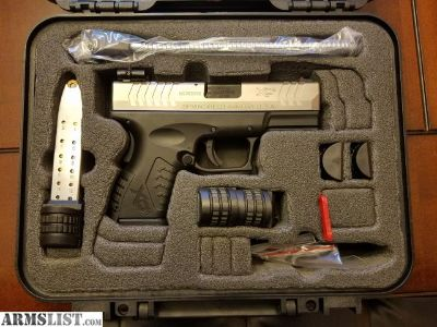 For Sale/Trade: Like New Springfield xD(M) Bi-tone 40cal..!