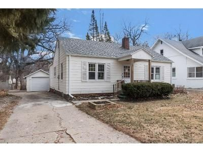 3 Bed 1 Bath Foreclosure Property in Des Moines, IA 50310 - 35th St