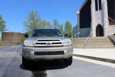 2004 Toyota 4Runner SR5 (Gold)