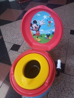 Mickey Mouse potty chair- w / batteries