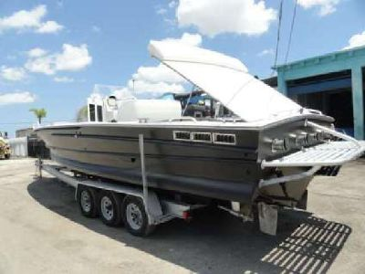 2002 EJS Viper Boats, Inc. 33? Ft Two Crusader 454 Inboards