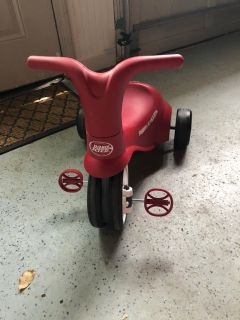 Radio Flyer 2-in-1 Tricycle