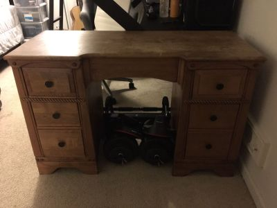 Wooden Desk with 6 Drawers