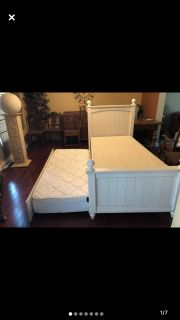 Kids Twin trundle bed set