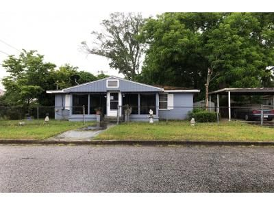 2 Bed 1 Bath Preforeclosure Property in Savannah, GA 31405 - Mitchell St