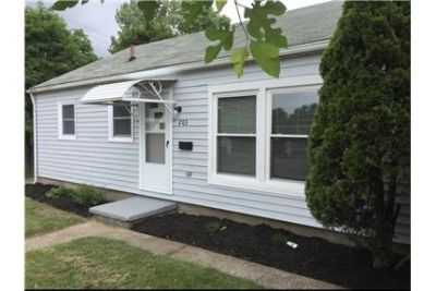 Adorable and Extremely Affordable 3BD House!
