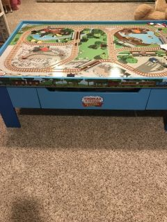 Thomas & Friends train table