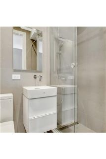 2 bedrooms Apartment - 2 Bed / 1 Bath in Park Slope.