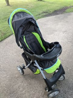 Greco stroller. Infant car seat can fit in to it