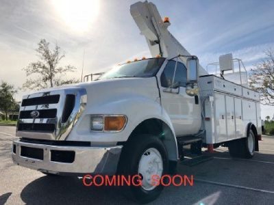 2005 Versalift LT62 Sign & Light Truck for Sale-Mounted On 2005 Ford F750 Chassis