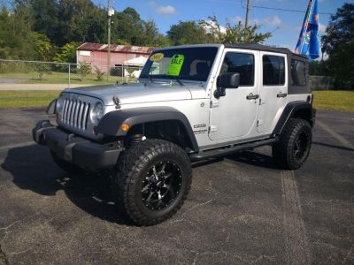 2011 Jeep Wrangler Unlimited Sport (Silver)