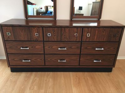 5 piece wood bedroom set with mirrors (double bed with mattress)