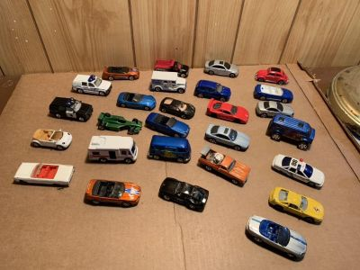 (27) LOOSE CARS all for $12