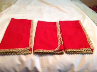 NWOT Red Linen Napkins. 20 x 20 inches. 3