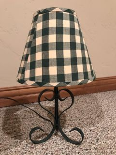 Checkerboard green country lamp
