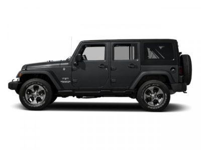 2016 Jeep Wrangler Unlimited Sahara (Granite Crystal Metallic Clearcoat)