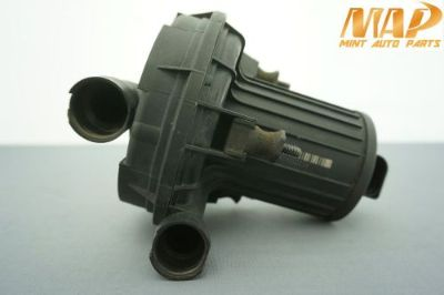 Purchase 2002-2006 AUDI A4 SECONDARY AIR INJECTION SMOG PUMP 8E0906613D #1 motorcycle in Riverview, Florida, United States, for US $64.99