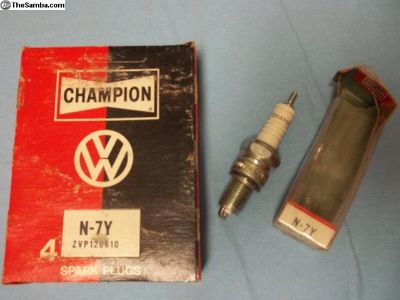 Champion N-7Y Spark plugs NOS
