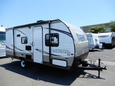 2017 Forest River Wildwood 175BH