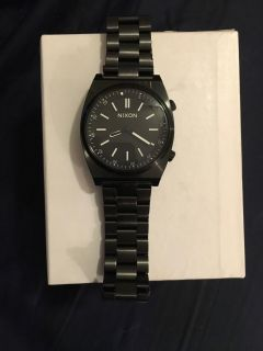 Nixon Brigade men's black on black watch