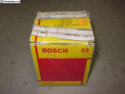 68-71 distributor vacuum can Bosch 07022