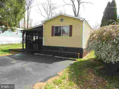 365 E Cherry Rd #110 Quakertown, Good condition & super