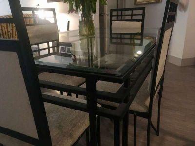 Elegant Glass Panel Dining Table - Black Aluminum Frame