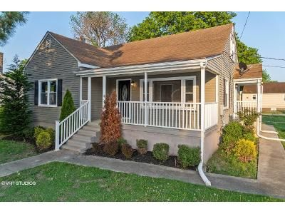 3 Bed 2 Bath Foreclosure Property in Sparrows Point, MD 21219 - Sparrows Point Rd