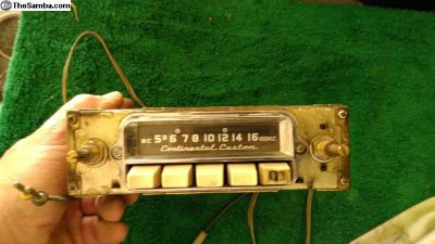 Continental Custom AM radio