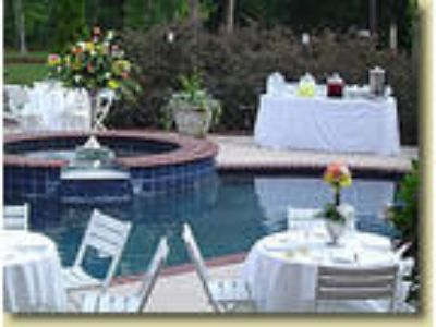 Blue Spring Manor - Bed & Breakfast