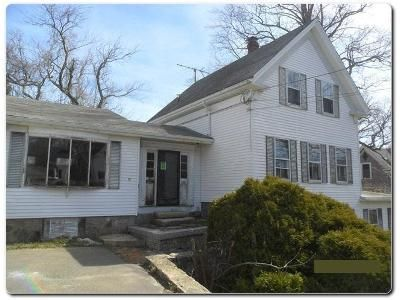 3 Bed 1 Bath Foreclosure Property in Rockport, MA 01966 - Curtis St