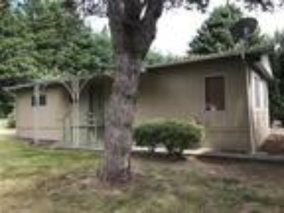 Great price on this nicely maintained mobile home in Vader