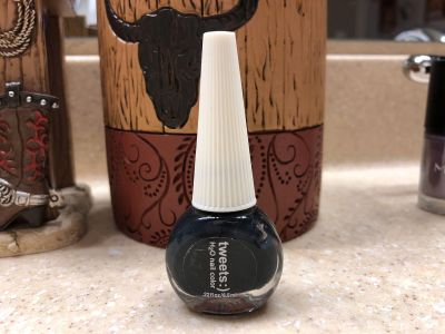Brand New TWEETS H2O Nail Color Polish. The Color Is Black