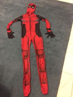 Deadpool Costume and Mask (Kids)
