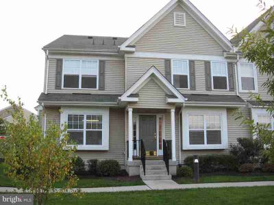 142 Brookfield Dr Jackson, Great Three BR 2.5 BA Townhouse in