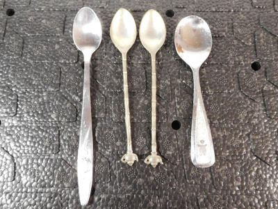 Lot of 4 Vintage Spoons ~ 2 Baby Infant Spoons ~ 2 Tea Spoons with Teapot Handle
