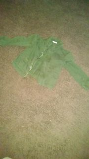 Army green jacket. 4t.