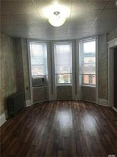 ID#:1313800 Lovely 2 Bedroom Apartment For Rent