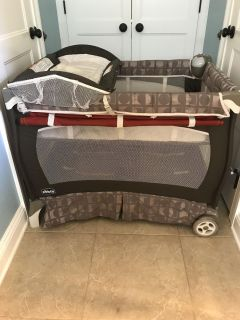 Chicco Lullaby play yard