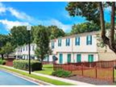 Whispering Woods - 3 BR TOWNHOME A