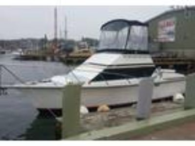 1989 Pacemaker Sport-Fisherman Power Boat in Gloucester, MA