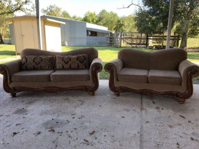 Couch/Loveseat set