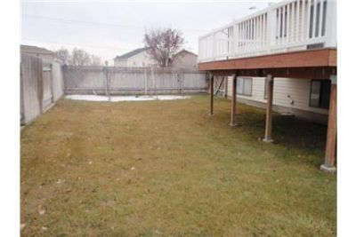 Beautiful remodeled home in Roy for Rent with Large Deck