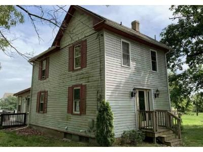 3 Bed 2 Bath Foreclosure Property in Williamstown, NJ 08094 - Chestnut St
