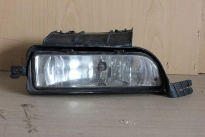 Buy 03 04 05 06 07 08 09 10 11 LINCOLN TOWN CAR OEM FOGLIGHT FOG LIGHT GENUINE R motorcycle in Burbank, California, US, for US $79.00