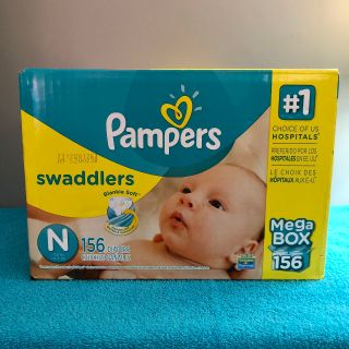 (( Un-Opened. )) Pampers Swaddlers Newborn Diapers. - - - 156 Count.