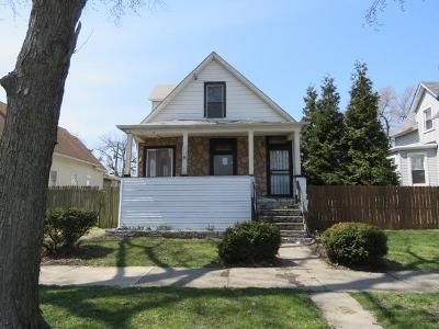 4 Bed 2 Bath Foreclosure Property in Bellwood, IL 60104 - 28th Ave