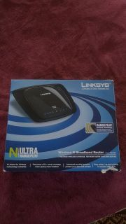 Linksys Ultra RangePlus Wireless-N Broadband Router